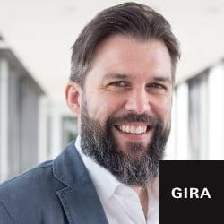 Gira-Torben-Bayer-scaled-2048x1366-1
